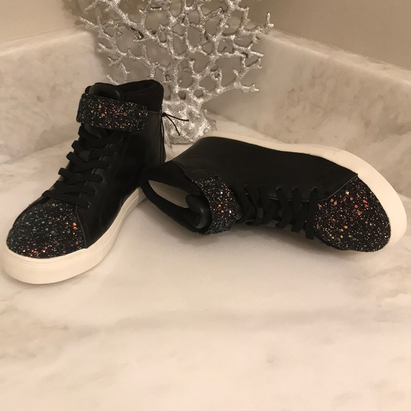a0b55d5c59ad Sz 3 Girls sparkly Sneakers H M
